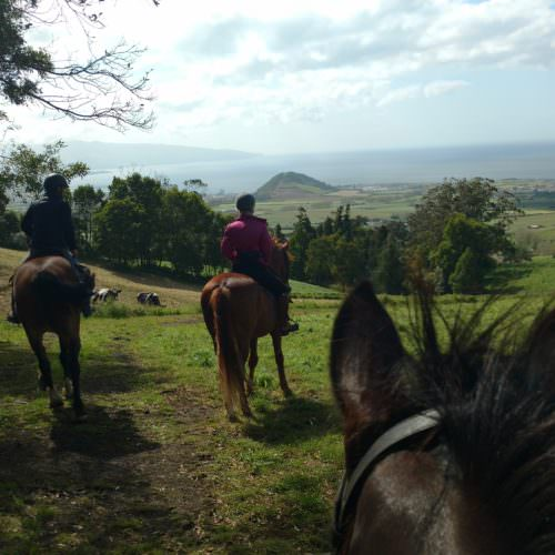 Learn to Ride Holidays on the Azores. Horses hacking.
