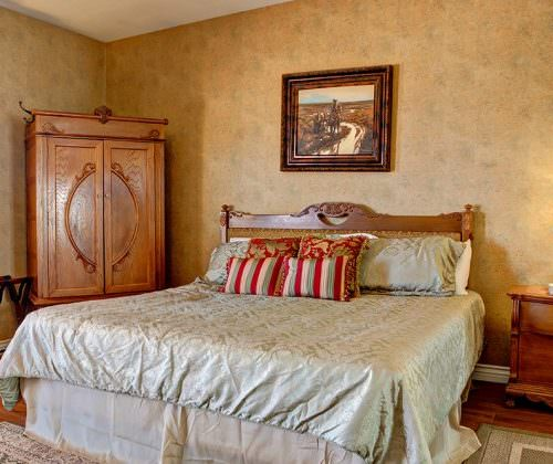 Tombstone Monument Ranch Rooms
